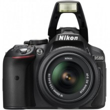 نيكون D5300 مع عدسات من 18-55 ملم, 24.2 ميجا بيكسل, كاميرا اس ال ار رقمية, اسود