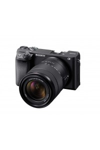 Sony Alpha a6400 Mirrorless Camera with 18-135mm F3.5-5.6 OSS Lens