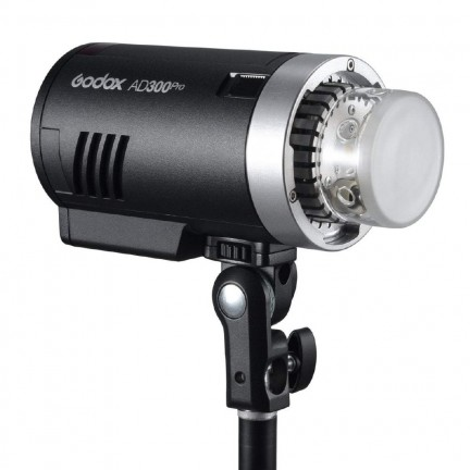Godox AD300Pro 300Ws Witstro All-In-One Compact Outdoor Flash